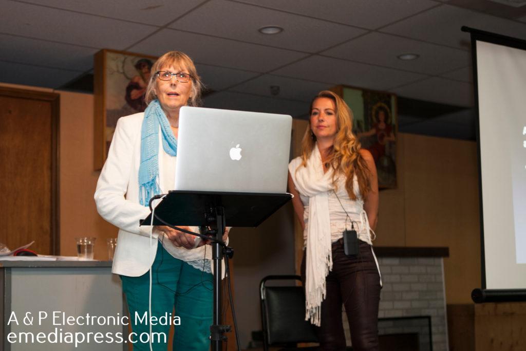 Jeane Manning & Susan Manewich