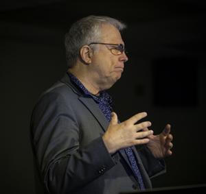 David Alzofon